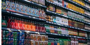 stocking supermarket shelves food broker food distributor 3PL